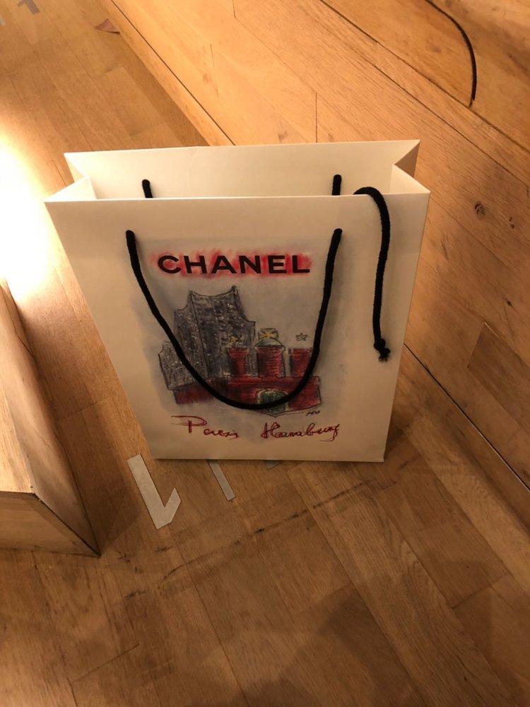 Karl Lagerfeld mag Franzbrötchen