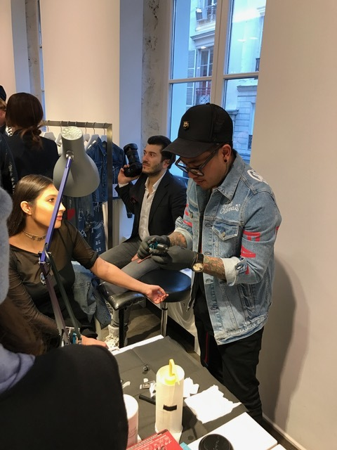 Jonboy aus NYC - free Tattoos at Colette