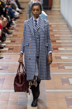 Thom-Browne-Herbst_Winter-2019-2020-Ready-to-Wear-Fashion-Shows-_-Vogue-Germany