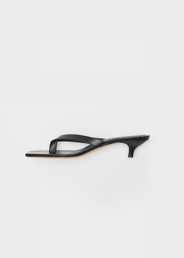The Flip-Flop Heel black 343 EUR