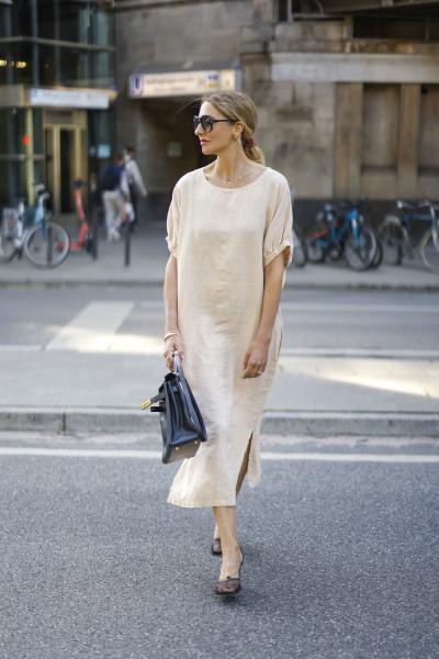 Cowboy Kleid beige Outfit