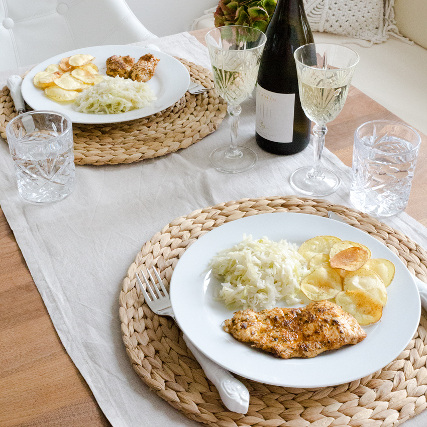 Saisonrezept September - Hähnchen mit Krautsalat und selbstgemachten Chips