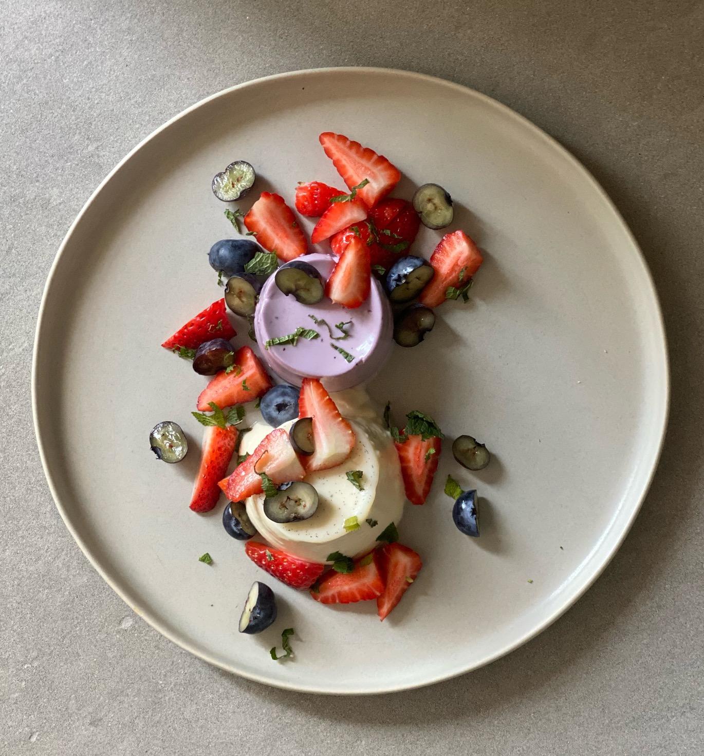 Rezept des Monats: Panna cotta mit Agar Agar und Erdbeerkompott