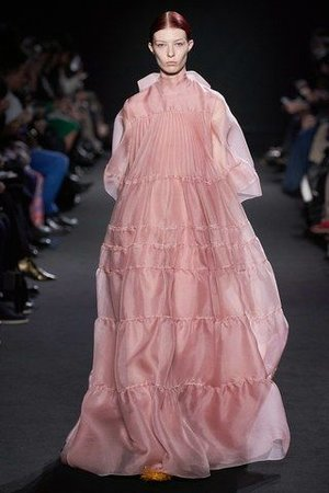 Rochas-Herbst_Winter-2019-2020-Ready-to-Wear-Fashion-Shows-_-Vogue-Germany